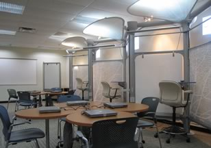 Figure 2. Zigzag Panels and Whiteboards Create Informal Learning Areas